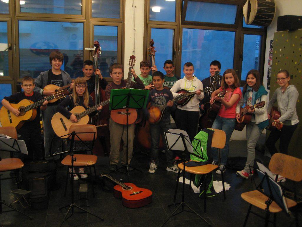 kud brodosplit škola mandoline i gitare